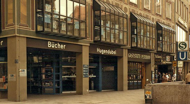 Historie - Hugendubel GmbH & Co. KG
